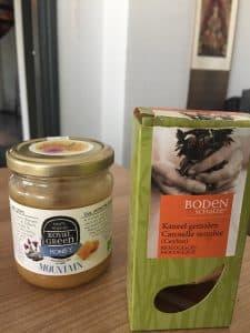 Honing en Kaneel mengsel
